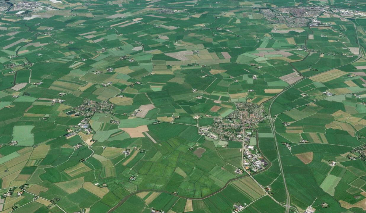Aantrekkelijke landbouwkavel in Wommels